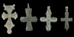 Byzantine bronze cross pendant group lot no 0751 byzantine bronze cross pendant group mozeypictures Images