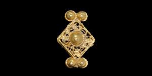 Medieval Gold Filigree Mount