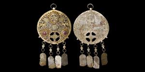 Byzantine Gilt Enamelled and Jewelled Pendant