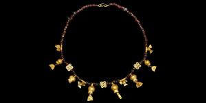 Hellenistic - Gold and Garnet Necklace