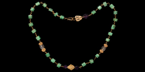 Romano-Egyptian Gold Chain Necklace with Emeralds
