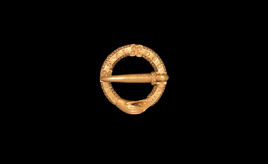 Lot 0486: Medieval Gold 'I am a gift of love' Posy Ring Brooch £6,000 - £8,000