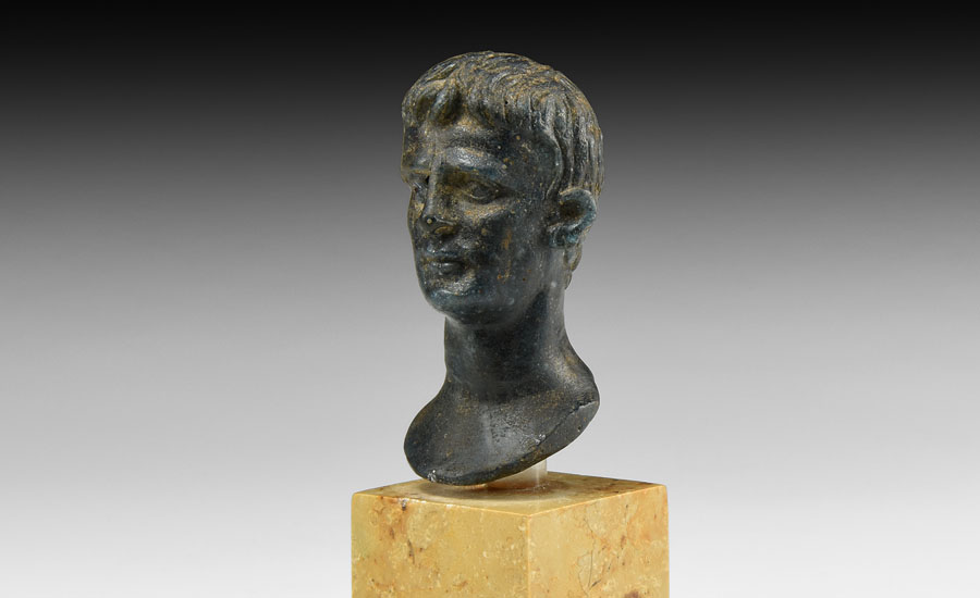 Lot 0104: Roman Glass Bust of Augustus £15,000 - £20,000
