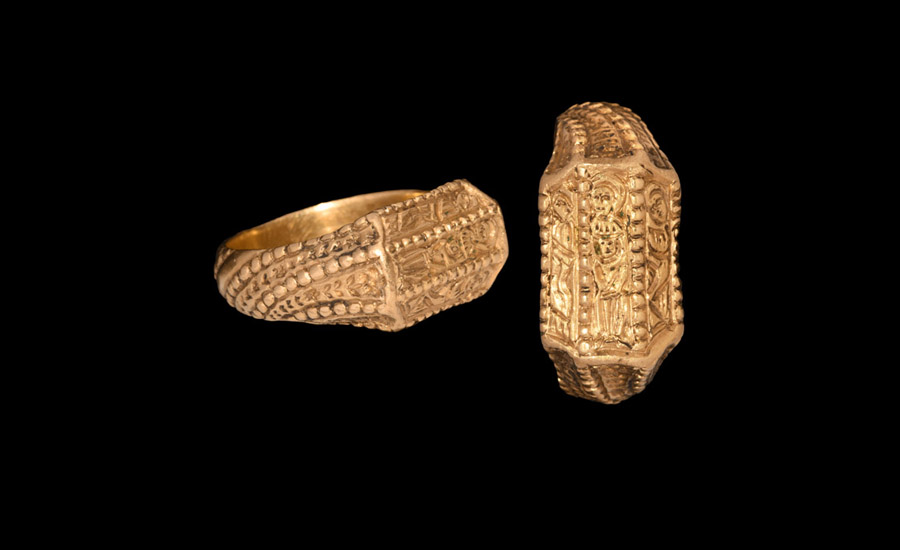 Medieval Gold Iconographic Ring