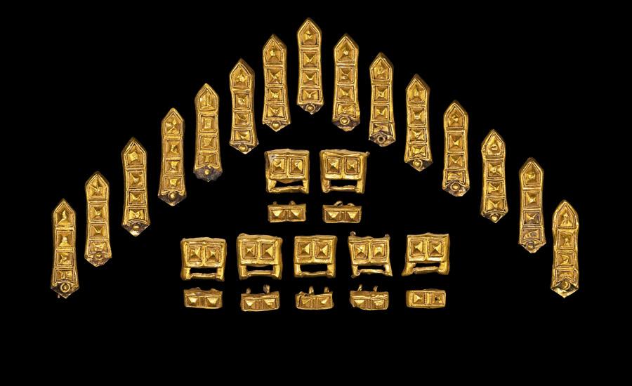 Viking Period Gold Belt Set £4,000-£6,000