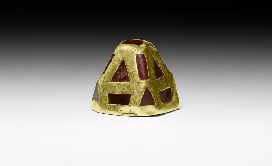 The 'Thwaite' Anglo-Saxon Sword Pyramid   £25,000 - £30,000