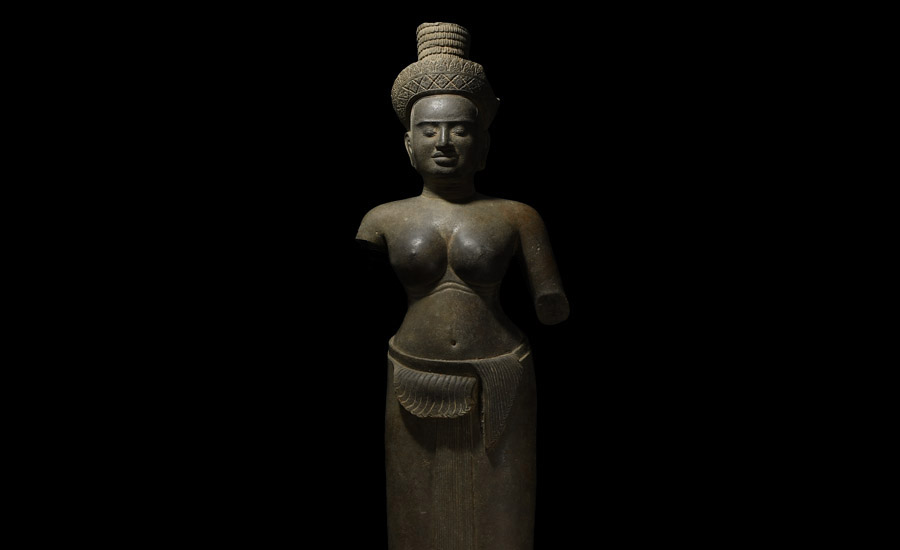 South East Asian Lakshmi Statue £15,000 - £20,000