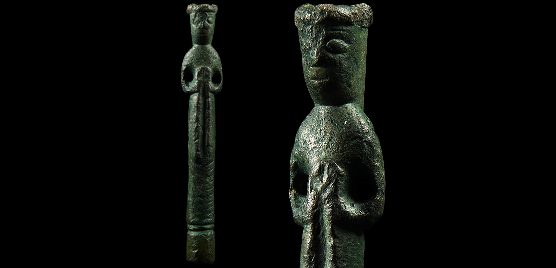 'The Chaldon' Medieval Crowned Female Figure