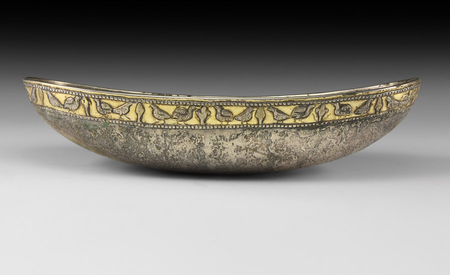 Lot 0331: Sassanian Gilt Silver Boat-Shaped Bowl with Birds £10,000 - £14,000