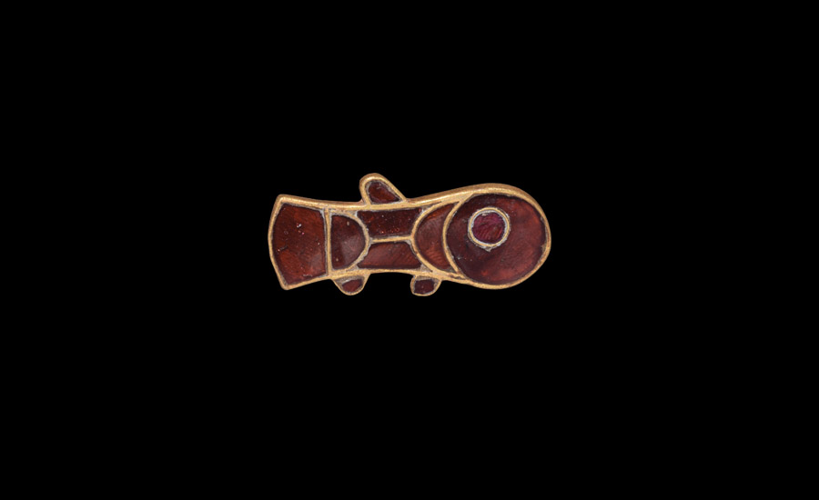 Lot 0435: Merovingian Gold and Garnet Fish Brooch £4,000 - £6,000
