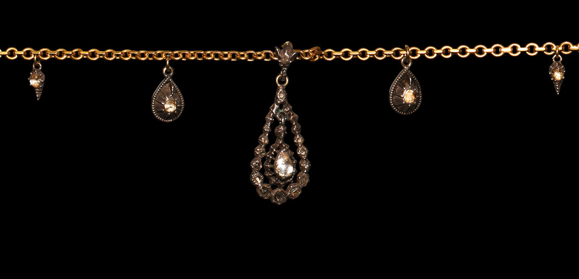 Late Georgian 0.90 Carat Diamond Set Gold and Silver Necklace: Starting at £800